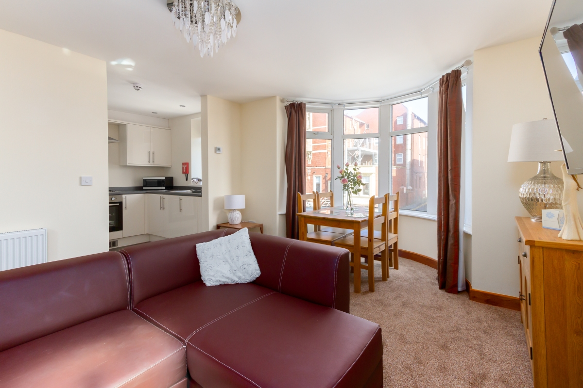Beachcliffe Apartments Blackpool - 2 bedroom apartment apartment 7 Lounge.